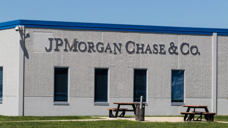 JPMorgan Says Crypto Market Is Healing, Expects Further Price Decline Before Capitulation