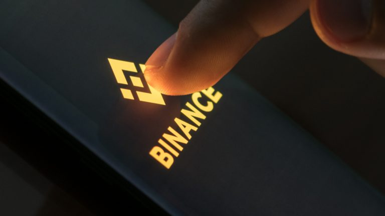 Binance NFT Marketplace Launches With Artwork From Dali, Warhol and '100 Creators'
